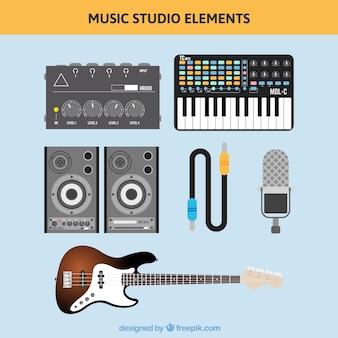 Strumenti stereo e musicali in design piatto