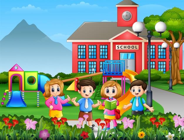 Studente di cartone animato in piedi al cortile della scuola