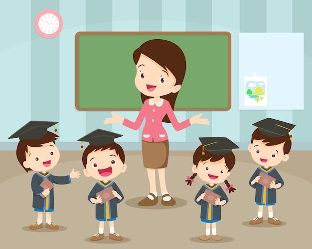Studenti laurea e felicità dell'insegnante