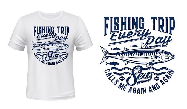 T-shirt sportiva da pesca stampa con banco di sgombri