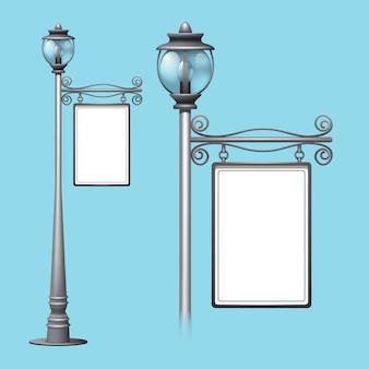 Tabellone per le affissioni di pubblicità sul vecchio lampione della via di stile