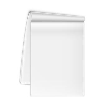 Taccuino aperto isolato su bianco.