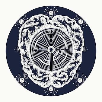 Tatuaggio cervello e labirinto