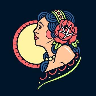 Tatuaggio della vecchia scuola della ragazza abbastanza hippy