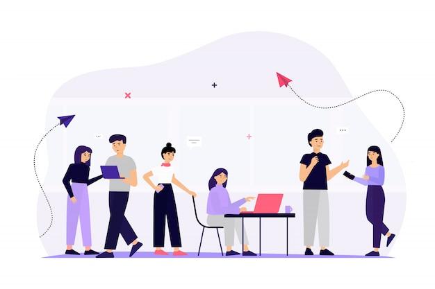 Team aziendale che comunica tramite i social media