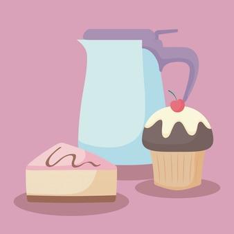Teiera con porzione di torta dolce