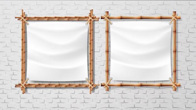 Tela bianca vuota nel set di cornici di bambù