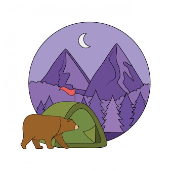 Tenda da campeggio con montagne