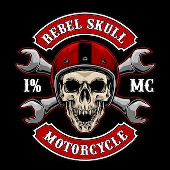 Teschio da motociclista con casco e attrezzi vintage, adatto per il logo del club motociclistico