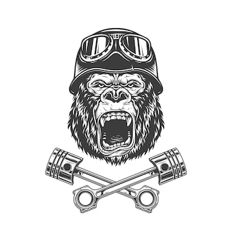 Testa di gorilla feroce nel casco da motociclista
