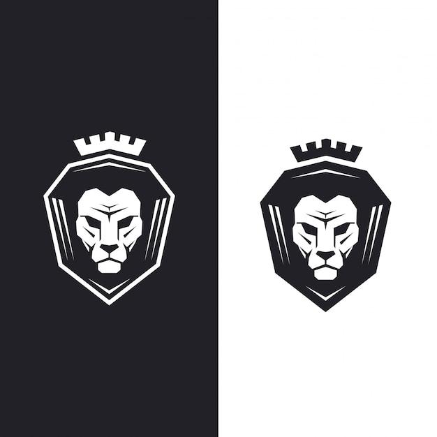 Testa di leone con re corona.