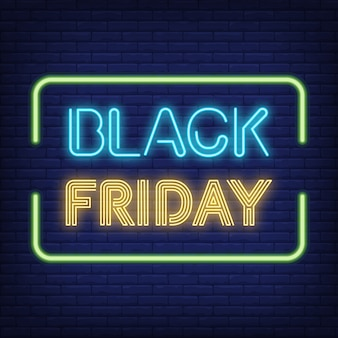 Testo al neon del black friday in cornice