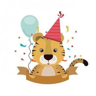 Tigre carina con cappello da festa