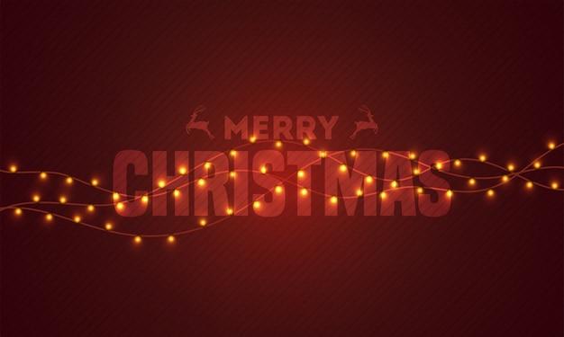 Tipografia di buon natale decorato con ghirlanda di illuminazione su sfondo marrone a strisce.