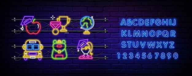Torna a scuola insegna al neon e alfabeto.