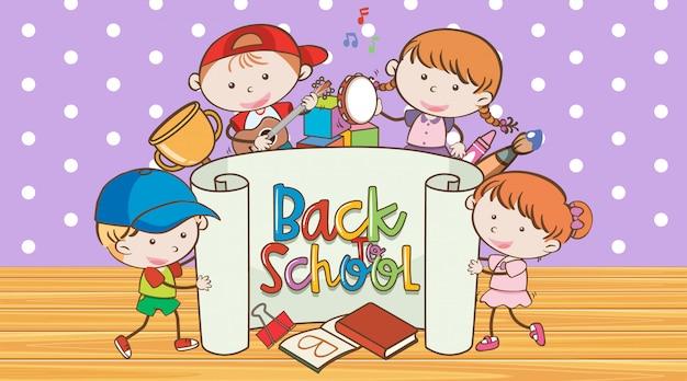 Torna a scuola segno con molti bambini felici