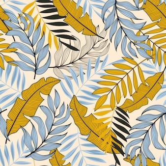 Trama vettoriale senza soluzione di continuità. modello tropicale con piante e foglie colorate