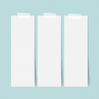 Tre fogli di carta bianca