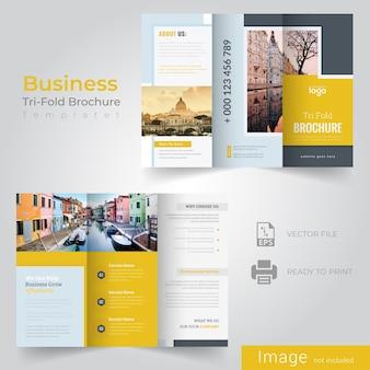 Tri brochure modello pieghevole