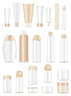 Tubi cosmetici in bianco messi su bianco