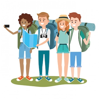 Turisti giovani amici