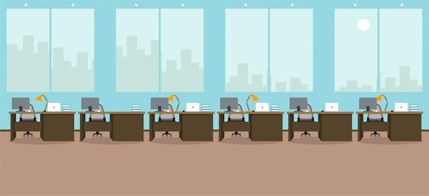 Ufficio che impara e che insegna a lavorare facendo uso di un'illustrazione di vettore di programma di progettazione