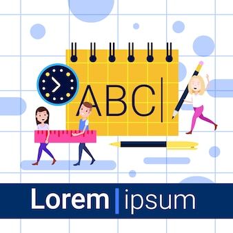 Ufficio e materiale scolastico uomo ragazza carattere puler notebook lavorando insieme concetto per la progettazione e lo spazio di copia piatta piena lunghezza animazione