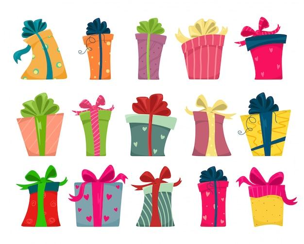 Un ampio set di scatole regalo con un nastro in diverse forme. isola su uno sfondo bianco in stile cartone animato