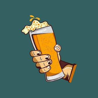Un bicchiere di birra