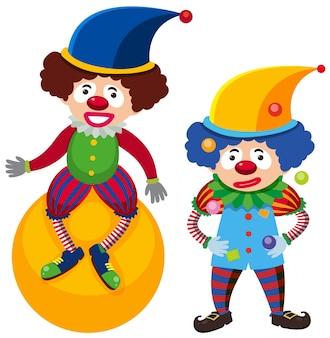 Un clown su palla e uno giocoleria