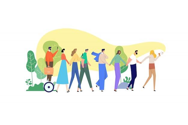 Un gruppo di persone si è unito alle mani e insegue una ragazza che dice qualcosa attraverso un megafono.