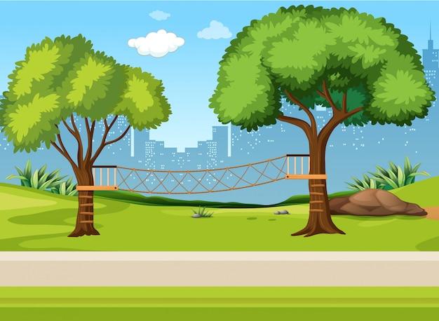 Un parco giochi sul ponte di corda