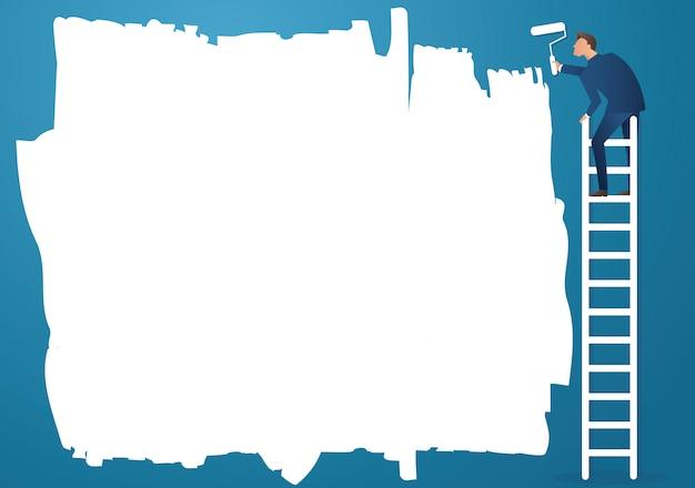 Un uomo su scala dipinto con un rullo di vernice