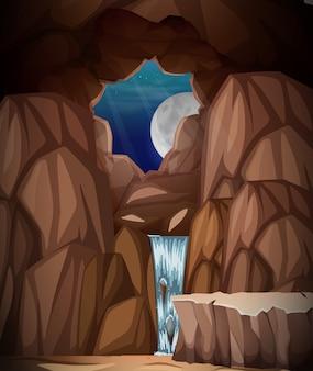 Una grotta di notte