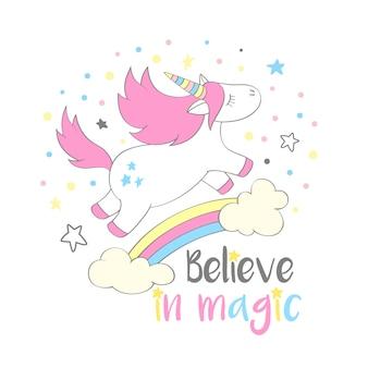 Unicorno magico carino in stile cartone animato con scritte a mano credi nella magia