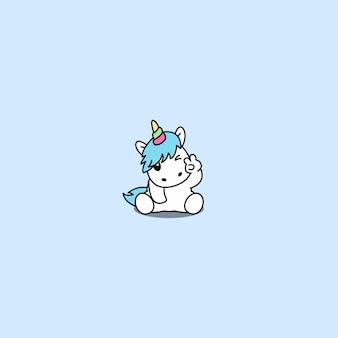 Unicorno sveglio che si siede e occhi ammiccanti