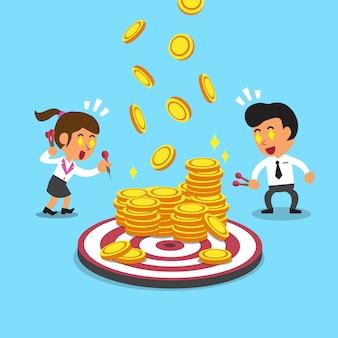 Uomini d'affari con monete bersaglio e denaro