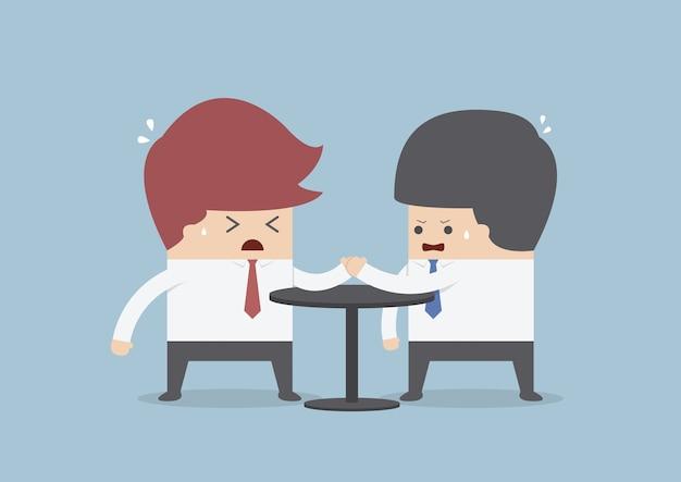 Uomini d'affari in braccio di ferro, concetto di concorrenza di affari