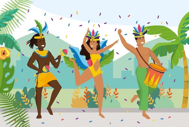 Uomini e ragazze ballerine con costume tradizionale