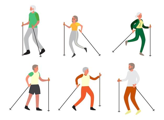 Uomo anziano e donna che fanno nordic walking insieme et. i pensionati che hanno una vita sana.