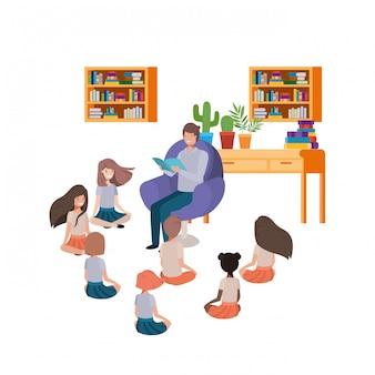 Uomo con libro di lettura nel divano e bambini