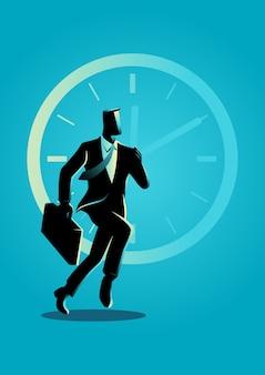 Uomo d'affari che funziona sul fondo dell'orologio