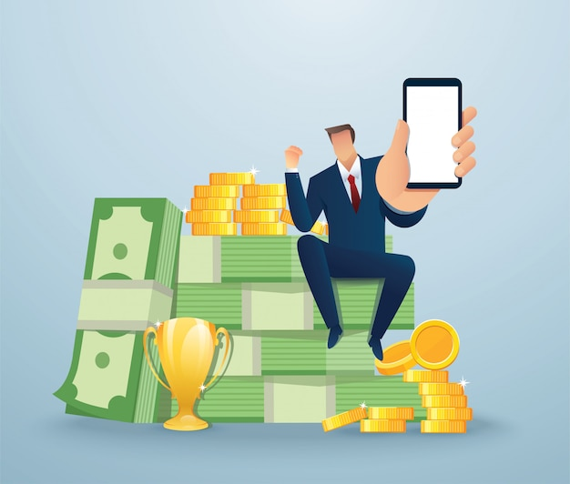 Uomo d'affari che tiene lo schermo in bianco dello smartphone che si siede sui soldi