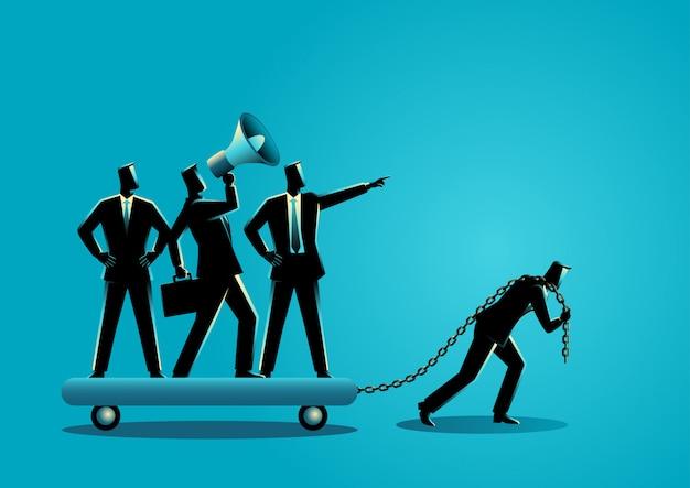 Uomo d'affari che trascina i suoi collaboratori prepotenti