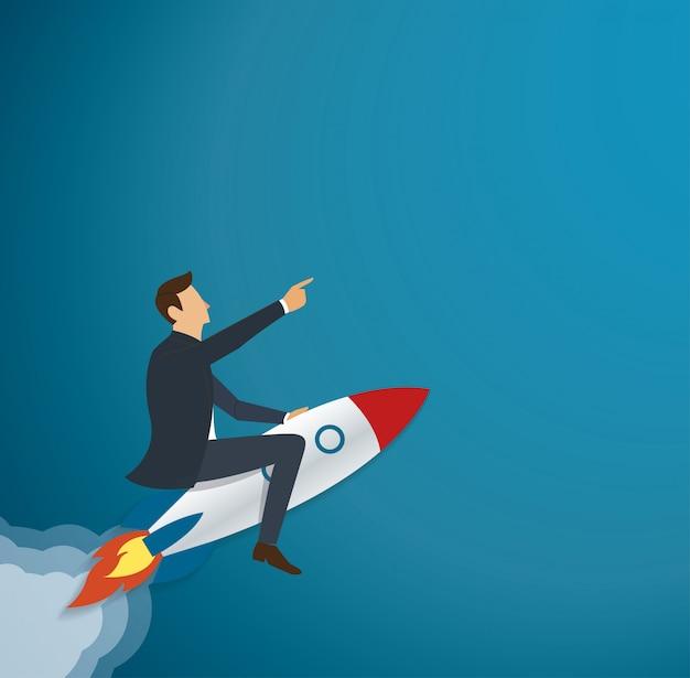 Uomo d'affari che vola con un razzo di successo