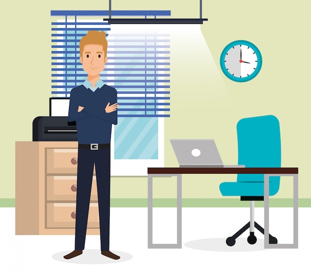 Uomo d'affari elegante nella scena dell'ufficio
