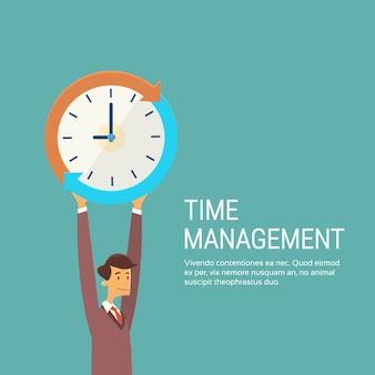Uomo di affari con il concetto della gestione di tempo di orologio