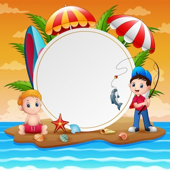 Vacanze estive con ragazzi e segno bianco
