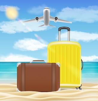 Valigia e borsa da viaggio su sfondo spiaggia mare