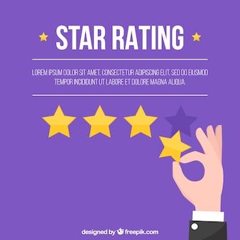 Valutazione a stelle viola con la mano